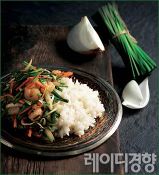 부추 양파덮밥